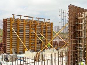 EFCO E-BEAM & SUPER STUD Wall Forming System