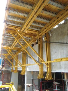 EFCO Guided Rail System - Jump Forming System