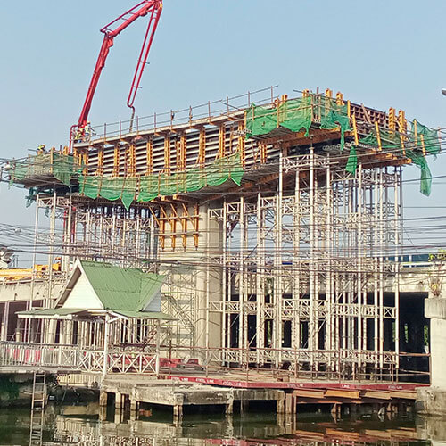 Adjustable Shoring System for Concrete Construction